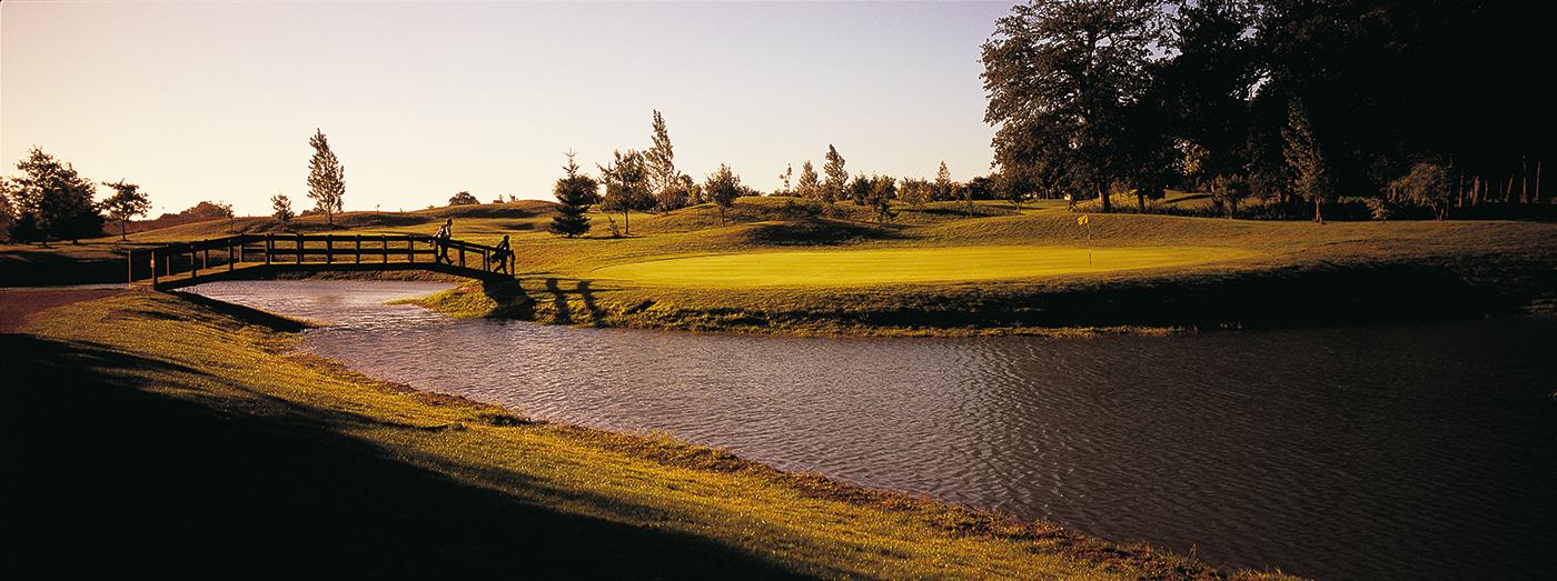 DH_Golf_16th_green-blog