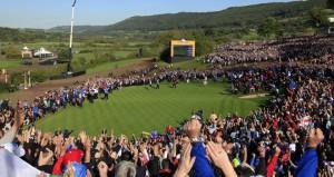 Ryder-Cup-Celtic-Manor-2010-crowd_2661337